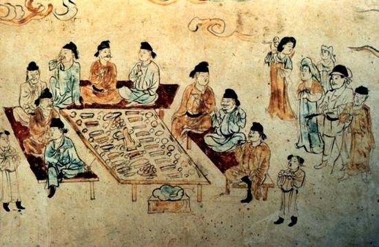 而青海喇家遗址出土了新石器时代的祖先们吃剩下来的