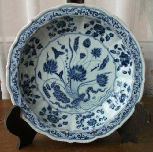 中国古代瓷器中常见植物纹饰及寓意